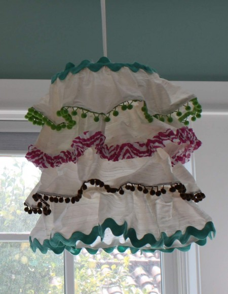 Captivating Scrapy Lampshade: DIY Fabric Scrap Layered Craft with Different Edges