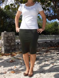 Appealing DIY Outfit: Fancy Tube Skirt from Stretchy Knit Fabric