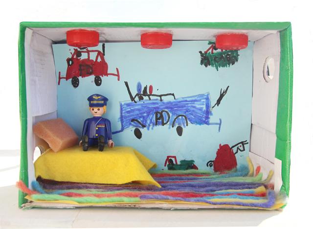 Creative Shoe Box Dollhouse: DIY Bedroom Exhibition with Open Display