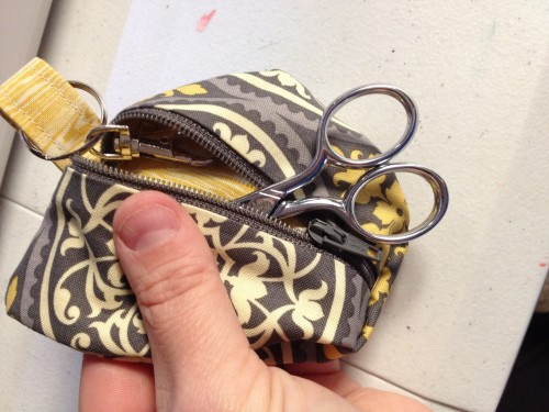 Camera Accessory Clip: DIY Zipper Pouch with Metallic Hook Knob
