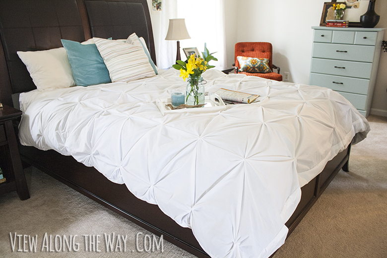 Tutorial of How to Make a DIY Professional Pintuck Duvet Cover at Home