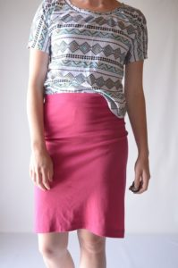 Single Seam Nit Pencil Skirt in Knee-Length Free Pattern with Stretchable Waistband