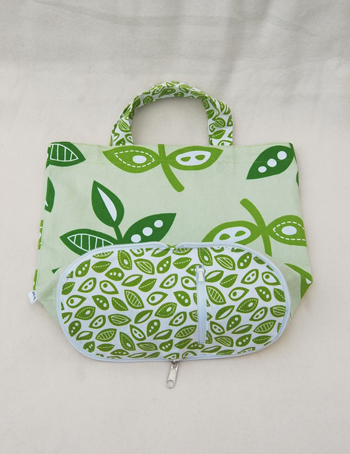 Unusual Wallet-to-Tote On the Go: A 2-in-1 DIY Bag Project By Sew Mama Sew