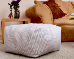 DIY Home Decorative Stuff: Puffy Floor Pillow with Free Sewing Pattern
