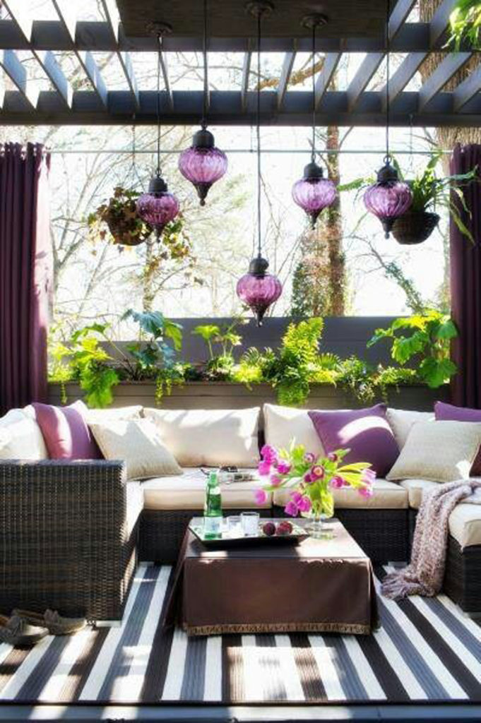 A Super Classy Porch Decor Idea for Amethyst Open Air Porch with Cozy Seating Area