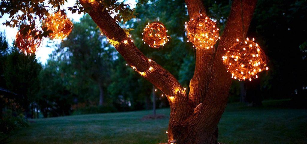 DIY Garden Decor with Grapevine Lighting Balls for Large Trees