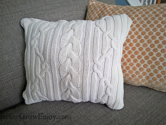 DIY Sweater Pillow: A Smart Recycling Project from An Old Sweater