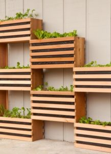 DIY Vertical Herb Barely Planters: Contemporary Herb Planting Idea for Outdoor Gardening