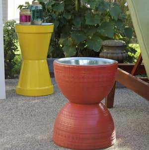 DIY INexpensive Flower Pots from Pizza Pan Garden Table with Deep Paint Strokes