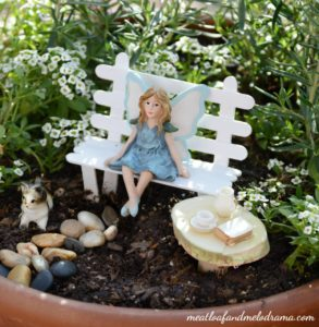 Easy DIY Fairy Garden Project: Elegant Garden Bench from Painted Popsicle Sticks
