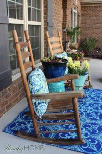 Front Porch Spring Tour: Porch Decoration with Bold Color Accents