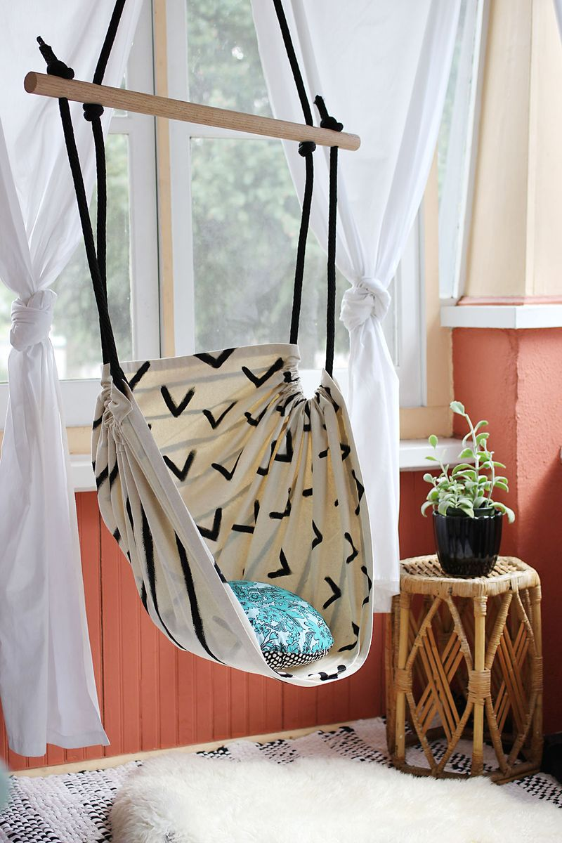 Hammock Chair DIY Tutorial: An Easy Homely Project with Old T-Shirt