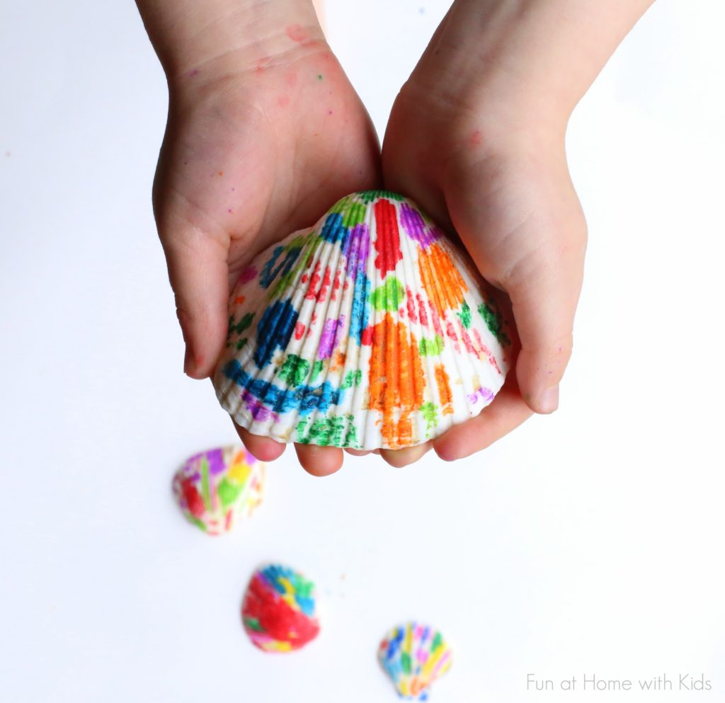 Seashell Coloring Tutorial in Modern Style with Melted Crayon Paints: Easy DIY Kids Craft