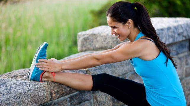 Knee Stretches for Runners: Prevent Knee Injuries