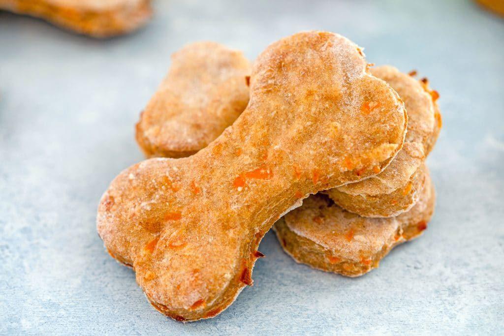 Smells Really Great – Homemade Chicken Dog Treats Recipe