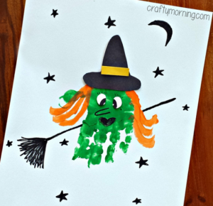 Create customized cards with handprint Halloween witchcrafts