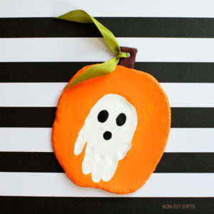Create Memorable Gifts with Toddler Handprint Halloween Craft on Airy Dry Clay and Paint