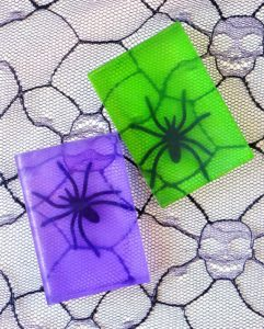 Make Spooky Halloween Spider Soap – Kids would love to craft with Glycerin, Spider toy, Mo ...